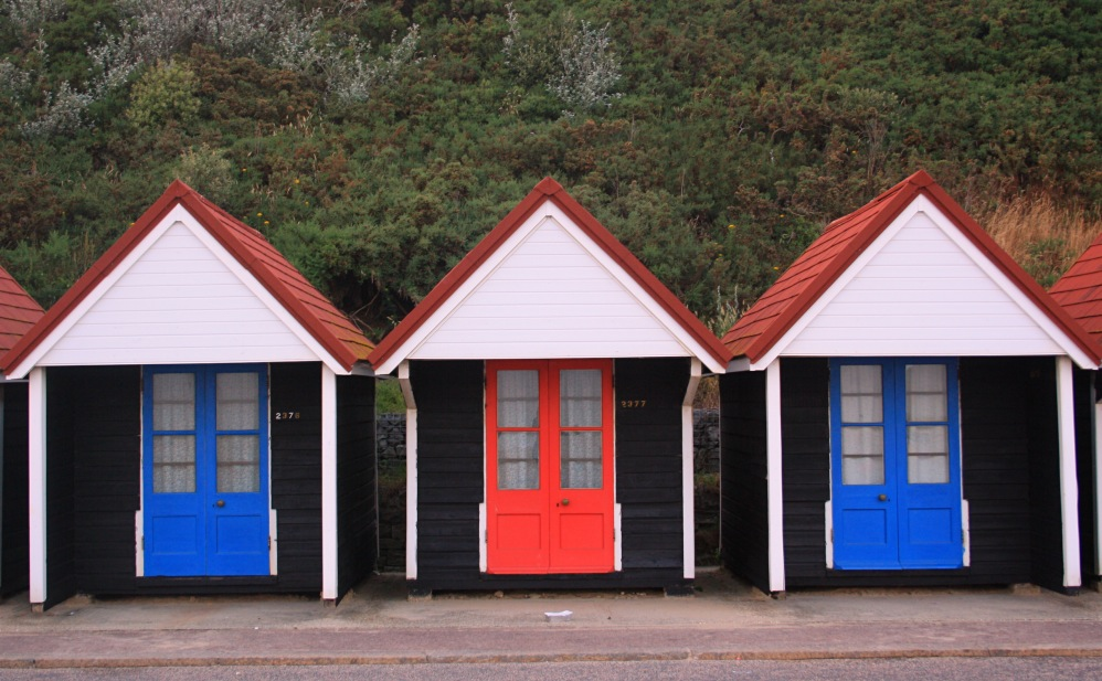 Red and Blue Bathing hut bournemouth
