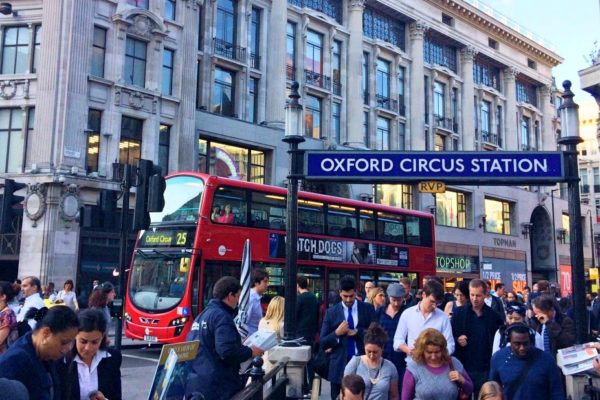 Faire-du-shopping-a-londres-oxford-street