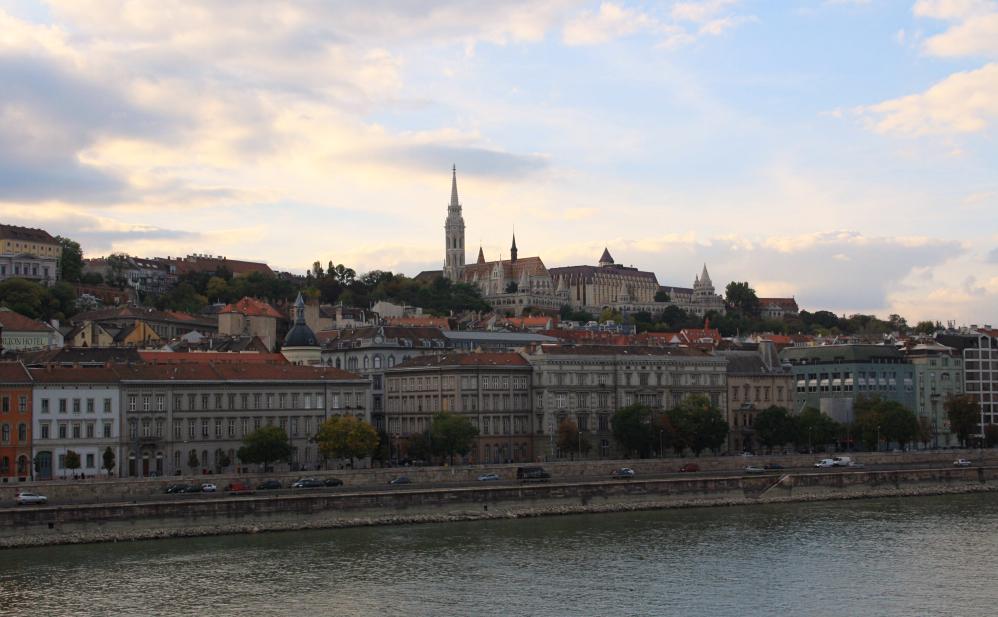 Buda depuis le pont aux chaines