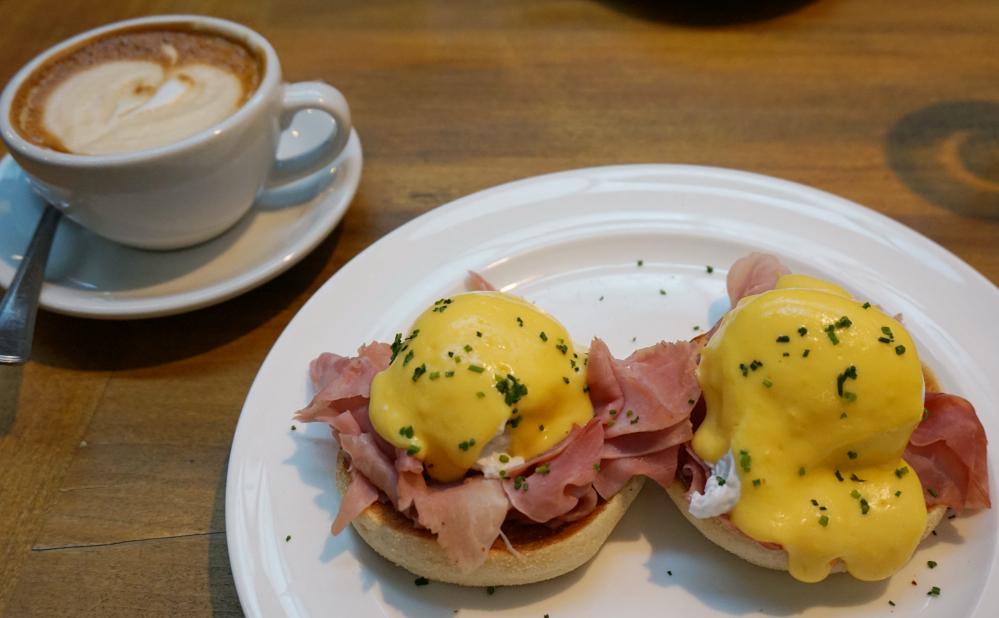 Eggs and Cappucino