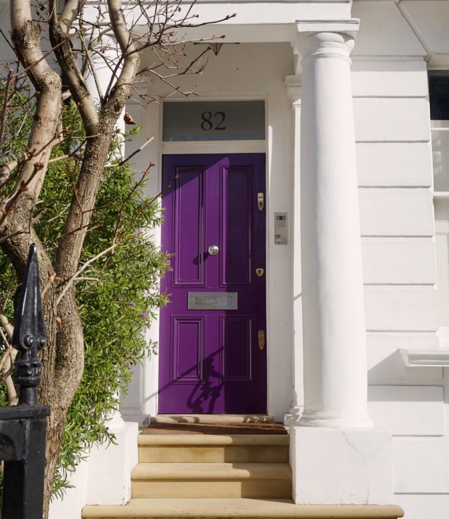 Porte violette