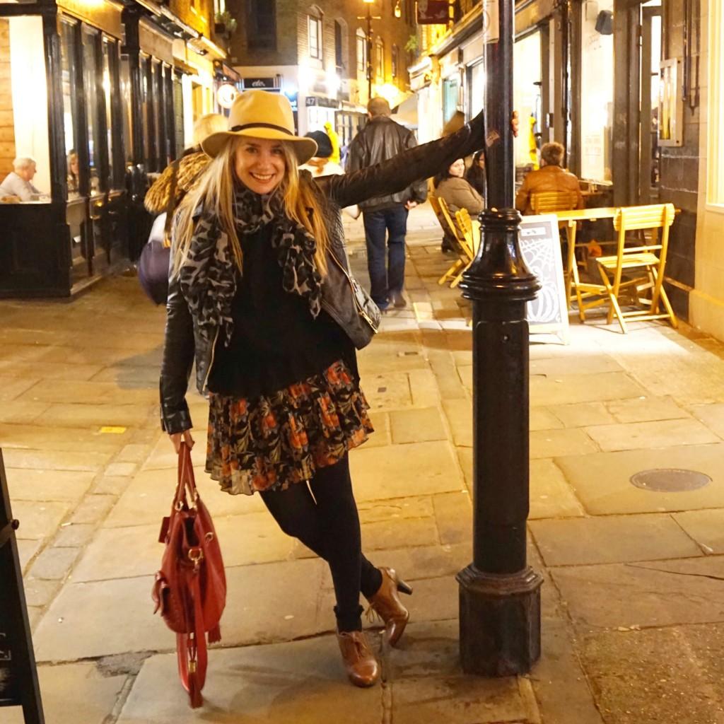French-Londonienne-Anne-Charlotte-6