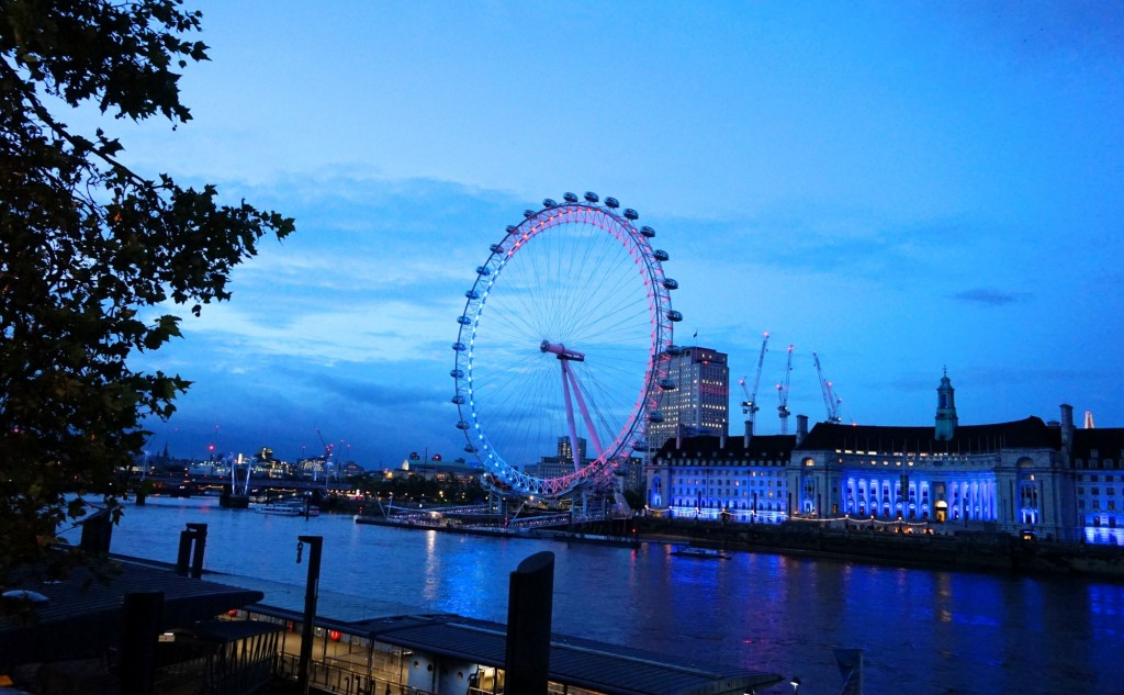 London Eye Blue Red