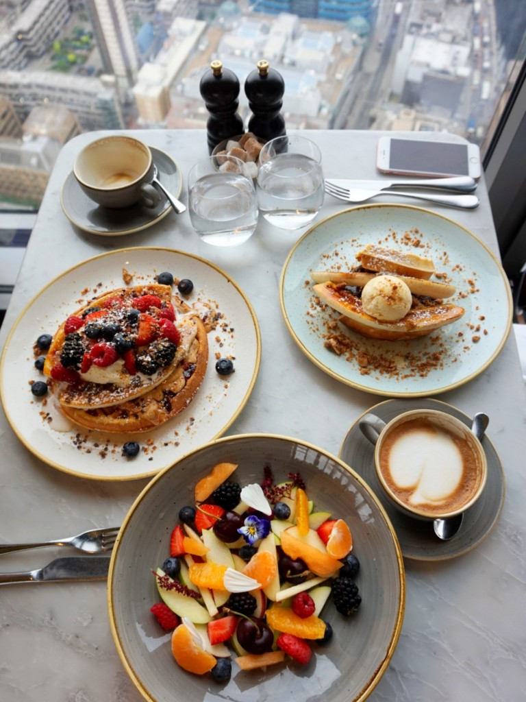 Brunch-Duck-and-Waffle-11